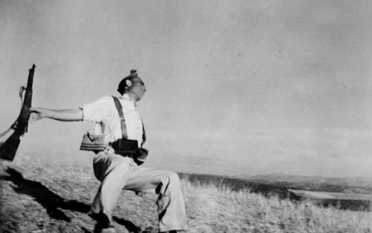 Robert Capa - The Man Who Captured the Falling Soldier